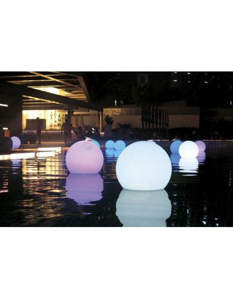 Location boule lumineuse pour décoration événements