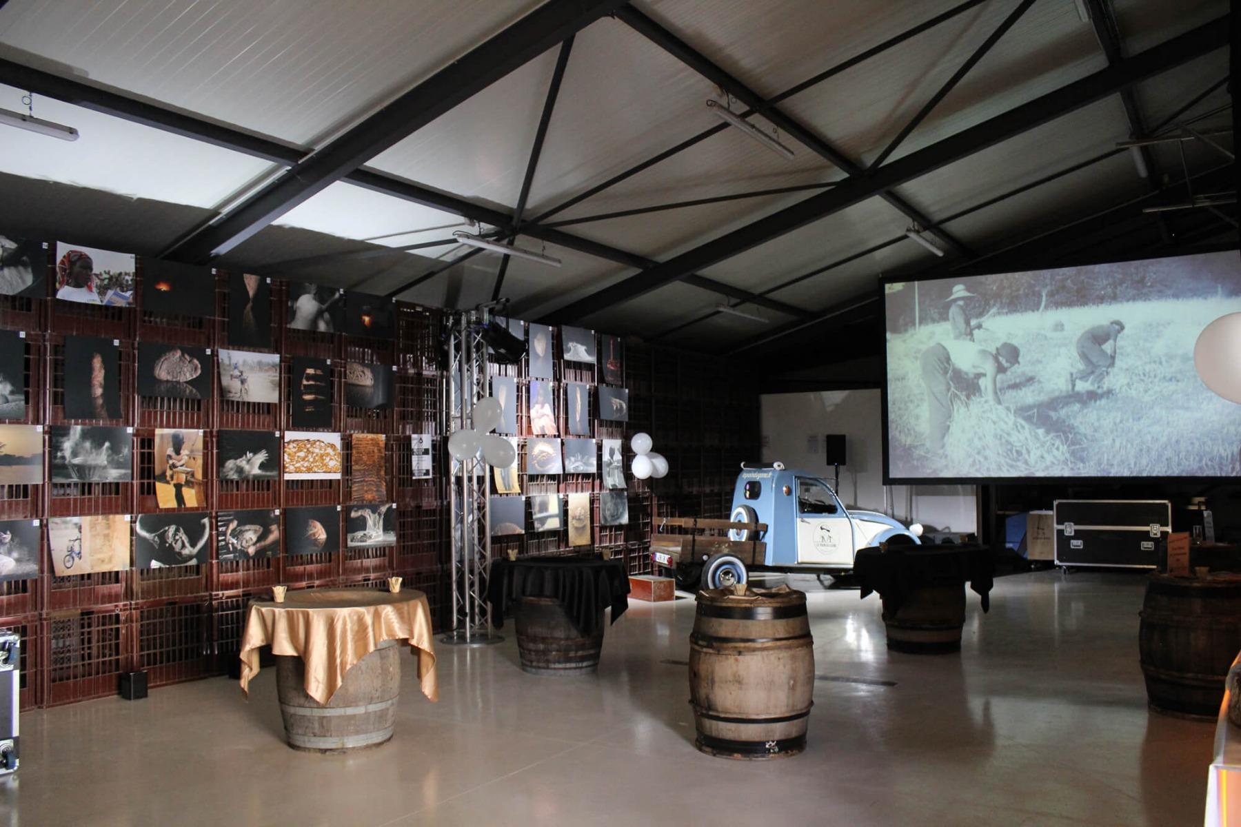 Vidéoprojecteur projection sur écran valise 5x3 mètres 16/9